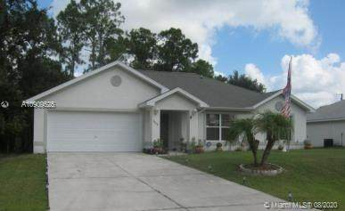 3838 Insdale St, Fort Myers, FL 33905 (MLS #A10909525) :: Berkshire Hathaway HomeServices EWM Realty