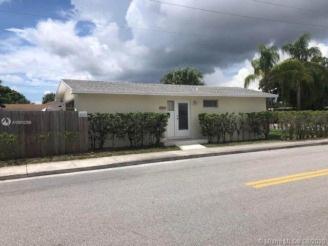 1002 S K St, Lake Worth, FL 33460 (MLS #A10910356) :: Green Realty Properties