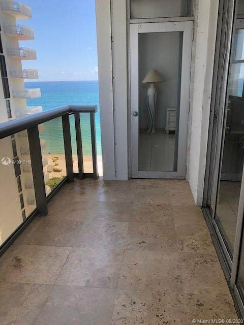 6039 Collins Ave #1605, Miami Beach, FL 33140 (MLS #A10917110) :: Berkshire Hathaway HomeServices EWM Realty