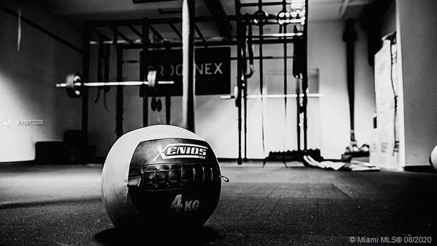 Gym - Photo 1