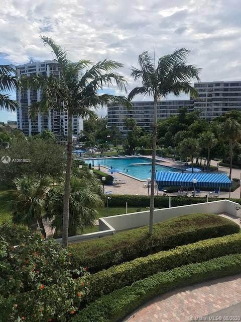 Hallandale Beach, FL 33009 :: Re/Max PowerPro Realty