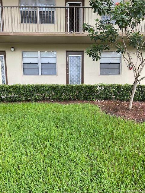 13250 SW 4th Ct 112G, Pembroke Pines, FL 33027 (MLS #A10923209) :: Carole Smith Real Estate Team