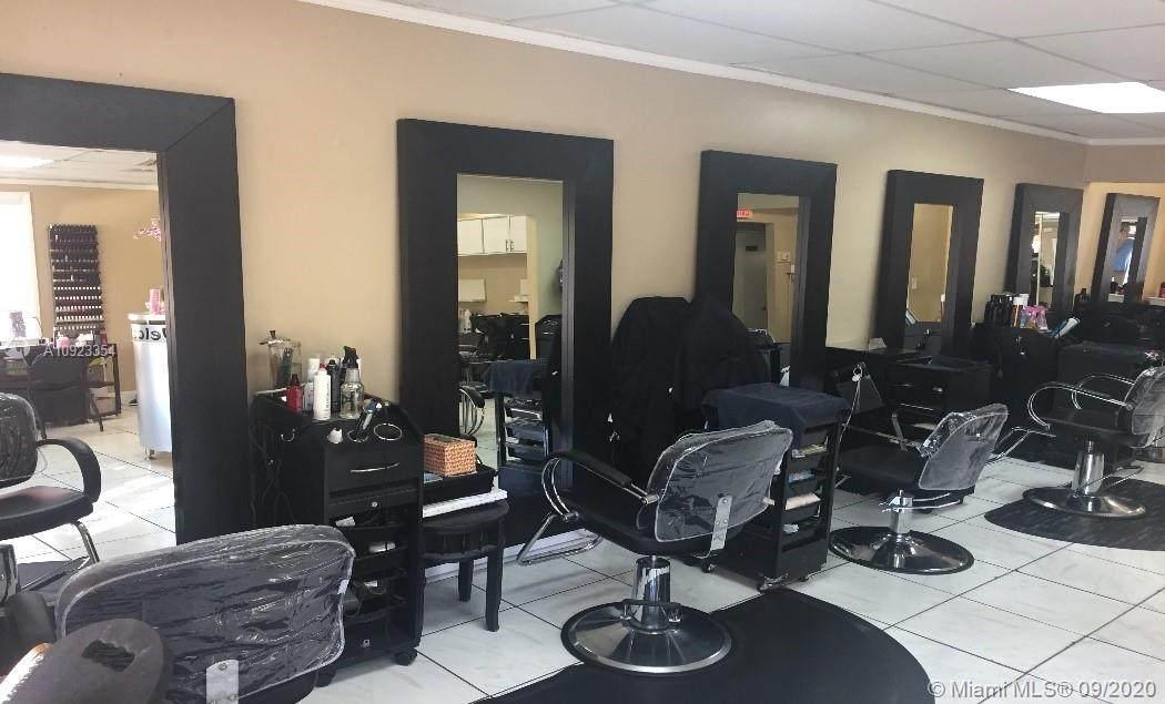 Hair & Nail Salon - Photo 1