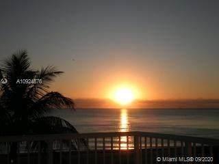 19390 Collins Ave Ph-4, Sunny Isles Beach, FL 33160 (MLS #A10924876) :: Berkshire Hathaway HomeServices EWM Realty