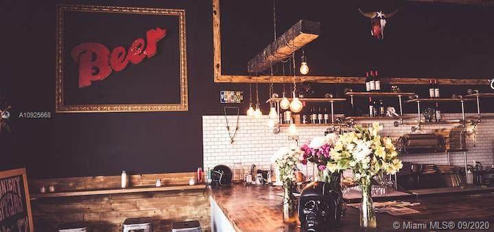 Restaurant Ave - Photo 1