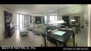 540 Brickell Key Dr #1406, Miami, FL 33131 (MLS #A10926217) :: The Pearl Realty Group