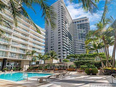 Miami, FL 33137 :: ONE Sotheby's International Realty