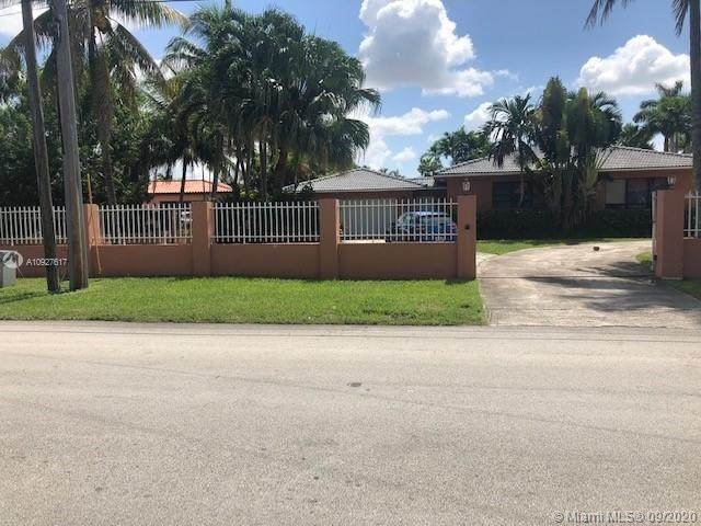 2951 SW 139th Ave, Miami, FL 33175 (MLS #A10927617) :: Berkshire Hathaway HomeServices EWM Realty