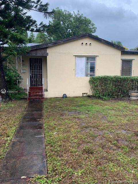 19 NW 109, Miami Shores, FL 33168 (MLS #A10930734) :: The Jack Coden Group