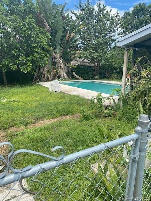 Davie, FL 33314 :: Castelli Real Estate Services