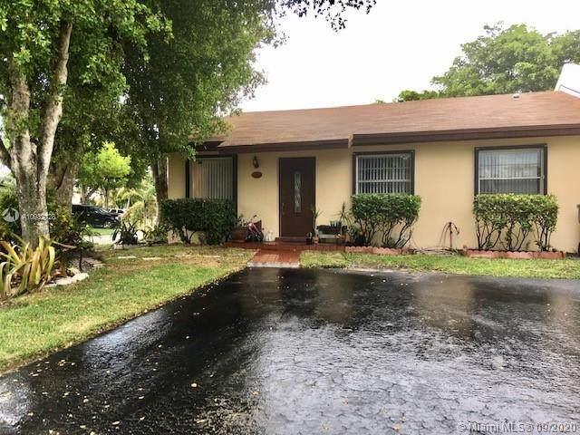 12267 SW 116th Ln, Miami, FL 33186 (MLS #A10932128) :: Laurie Finkelstein Reader Team