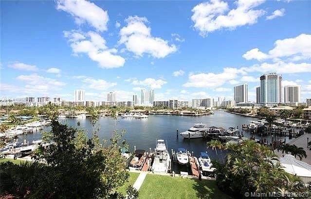 500 Three Islands Blvd #127, Hallandale Beach, FL 33009 (MLS #A10932379) :: Re/Max PowerPro Realty