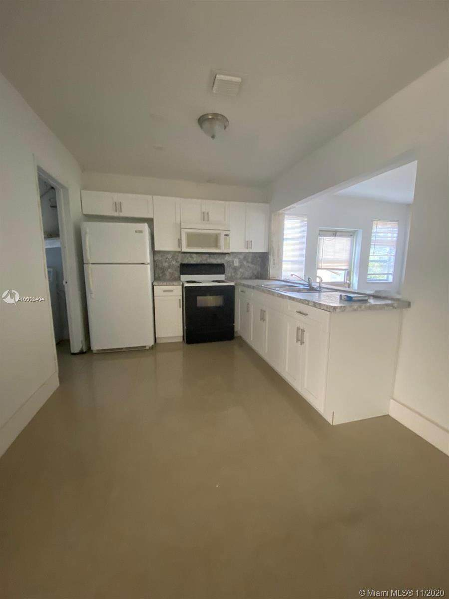4999 43rd Ct - Photo 1
