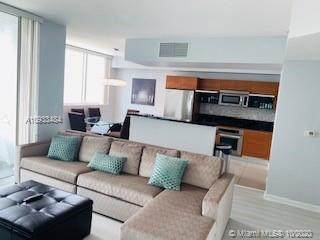 244 Biscayne Blvd #1808, Miami, FL 33132 (MLS #A10933484) :: Re/Max PowerPro Realty
