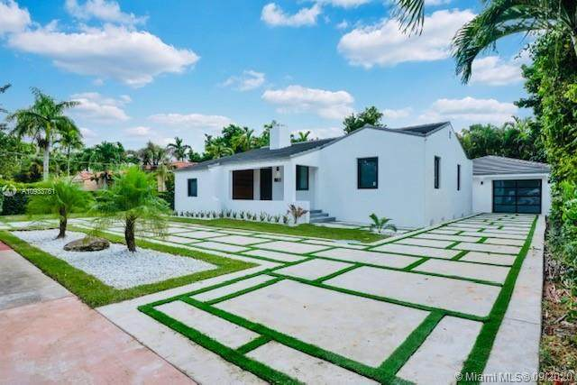 841 Granada Groves Ct, Coral Gables, FL 33134 (MLS #A10933761) :: The Riley Smith Group