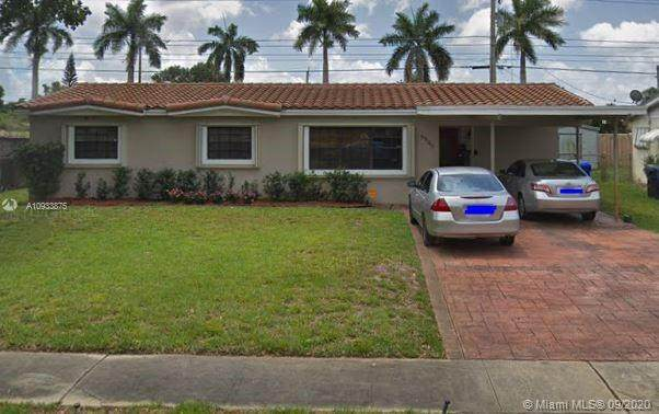 6940 Tyler St, Hollywood, FL 33024 (#A10933875) :: Real Estate Authority