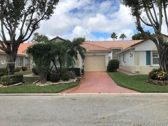 6109 Heliconia Rd, Delray Beach, FL 33484 (MLS #A10934536) :: The Pearl Realty Group