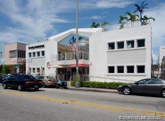 1434 Collins Ave - Photo 1