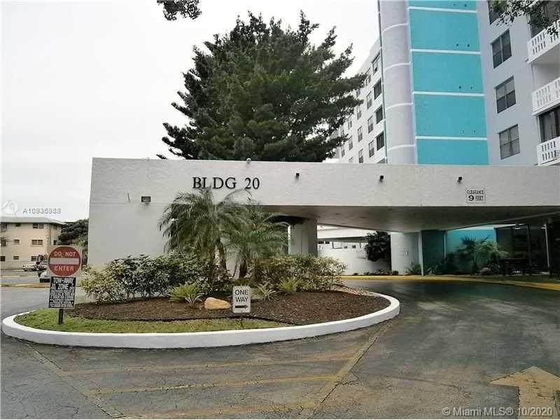 919 Hillcrest Dr - Photo 1