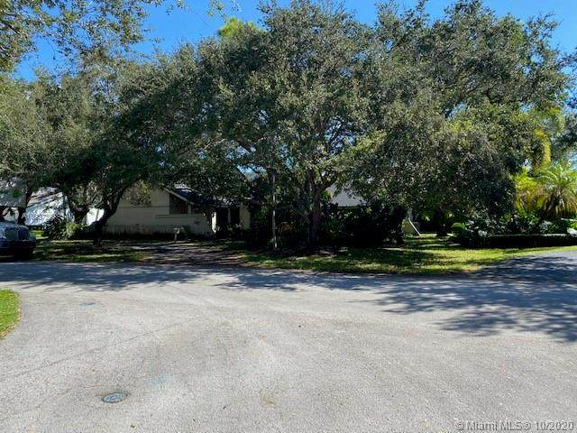 16505 SW 74th Ct, Palmetto Bay, FL 33157 (MLS #A10937290) :: Berkshire Hathaway HomeServices EWM Realty