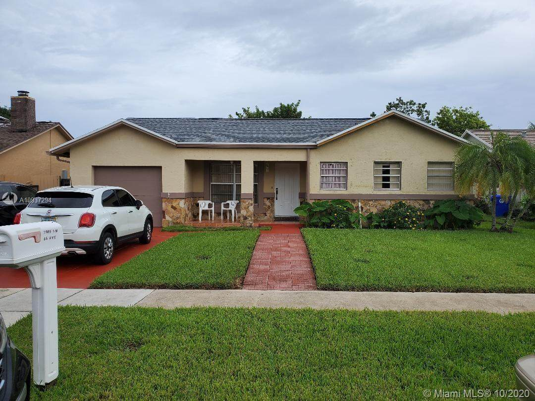 1905 84th Ave - Photo 1