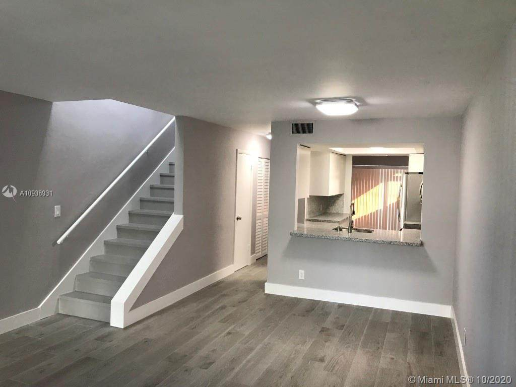 1114 17th Ave - Photo 1