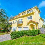 716 SW 9th Ter, Fort Lauderdale, FL 33315 (MLS #A10939654) :: Berkshire Hathaway HomeServices EWM Realty