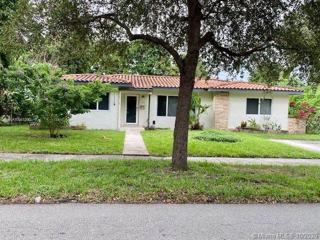 229 NW 111th Ter, Miami Shores, FL 33168 (MLS #A10941390) :: The Riley Smith Group