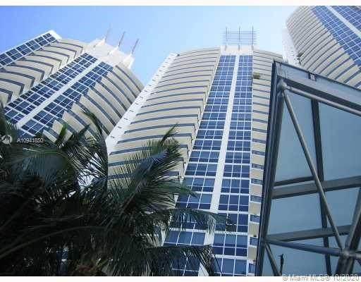 400 Alton Rd #407, Miami Beach, FL 33139 (MLS #A10941850) :: Castelli Real Estate Services