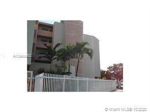 2000 Biarritz Dr - Photo 1