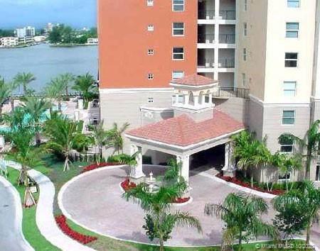 17150 N Bay Rd #2204, Sunny Isles Beach, FL 33160 (MLS #A10944775) :: Berkshire Hathaway HomeServices EWM Realty