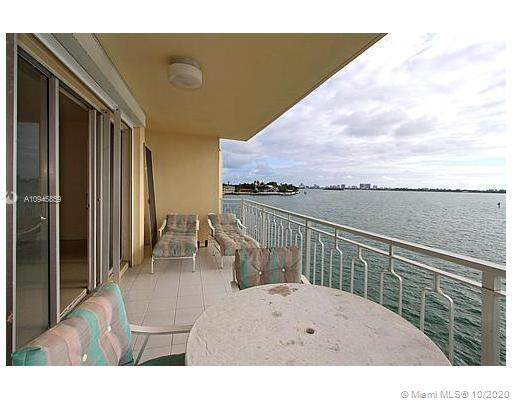 11111 E Biscayne Blvd 3B, Miami, FL 33181 (MLS #A10945859) :: Ray De Leon with One Sotheby's International Realty