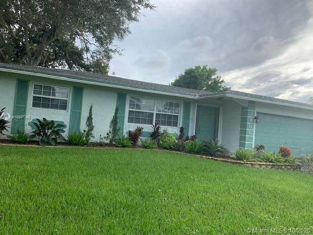 7900 NW 45th St, Lauderhill, FL 33351 (MLS #A10947748) :: The Teri Arbogast Team at Keller Williams Partners SW