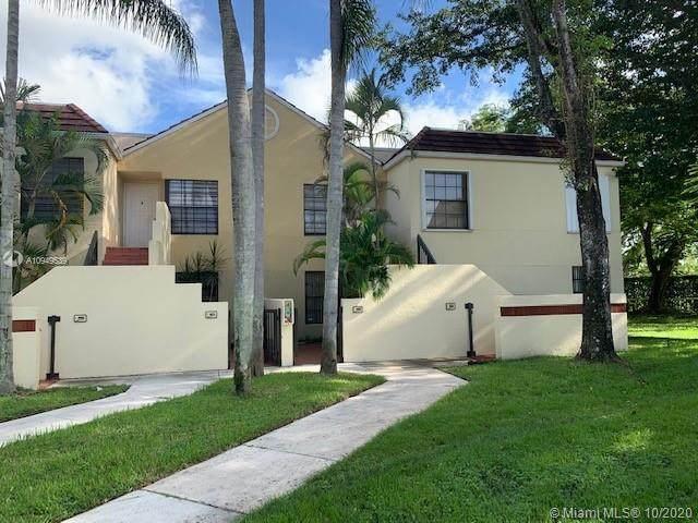 8978 SW 128th Ct B103, Miami, FL 33186 (MLS #A10949539) :: Berkshire Hathaway HomeServices EWM Realty