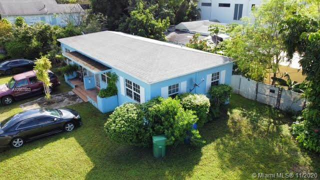 3384 Shipping Ave, Miami, FL 33133 (#A10957883) :: Posh Properties