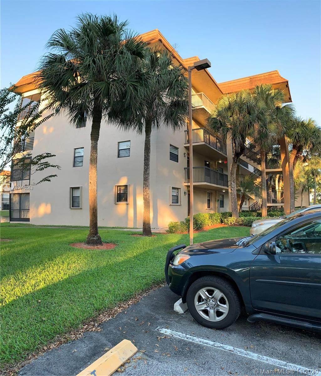 4950 Sabal Palm Blvd - Photo 1