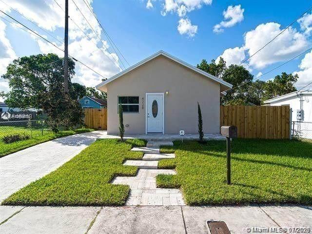 4228 NW 1st Ave, Miami, FL 33127 (MLS #A10959874) :: Albert Garcia Team