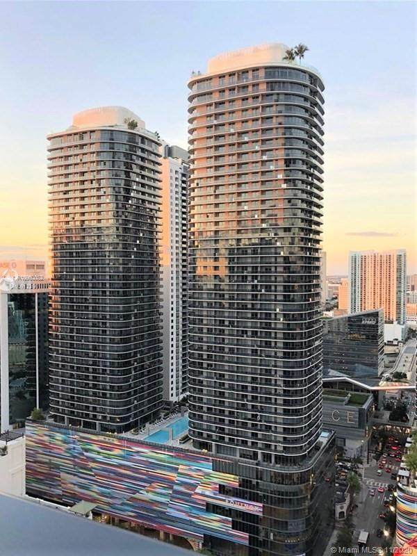 55 SW 9th St #3210, Miami, FL 33130 (MLS #A10960052) :: Ray De Leon with One Sotheby's International Realty