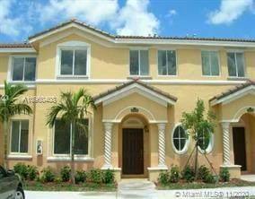 2853 SE 15th Rd, Homestead, FL 33035 (MLS #A10960408) :: Berkshire Hathaway HomeServices EWM Realty