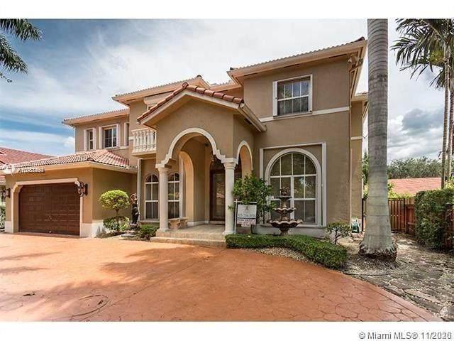 16431 NW 84th Ct, Miami Lakes, FL 33016 (MLS #A10961450) :: Douglas Elliman