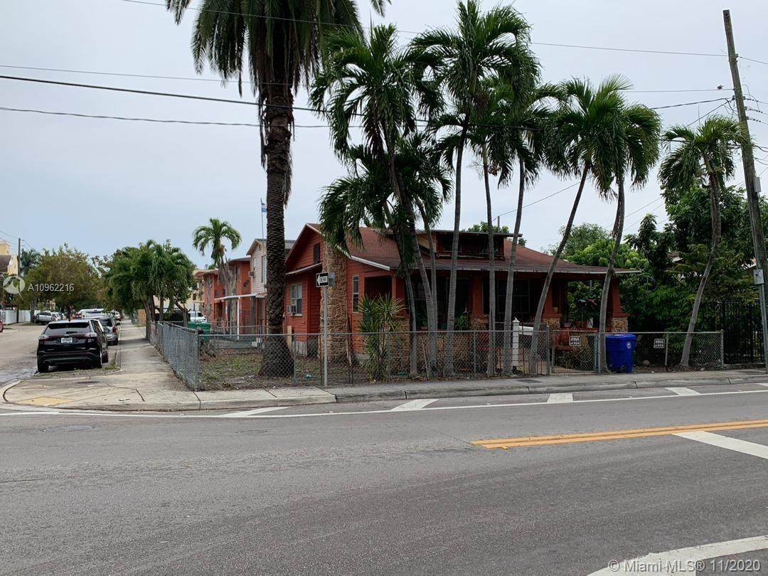 342 8th Ave - Photo 1