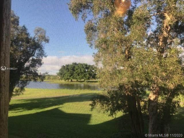 16175 Golf Club Rd #205, Weston, FL 33326 (MLS #A10962241) :: Green Realty Properties