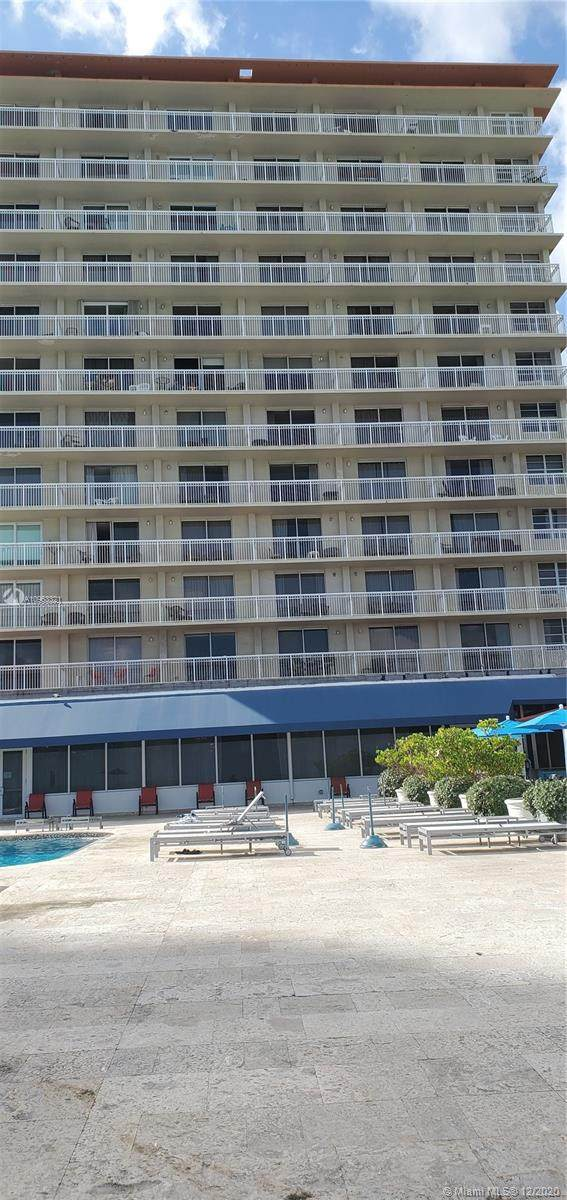 19201 Collins Ave #339, Sunny Isles Beach, FL 33160 (MLS #A10963321) :: Castelli Real Estate Services