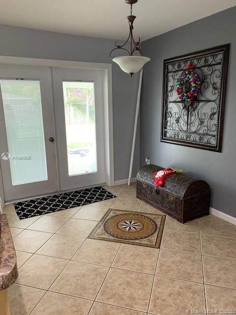 9751 Marlin Rd, Cutler Bay, FL 33157 (MLS #A10965625) :: Miami Villa Group