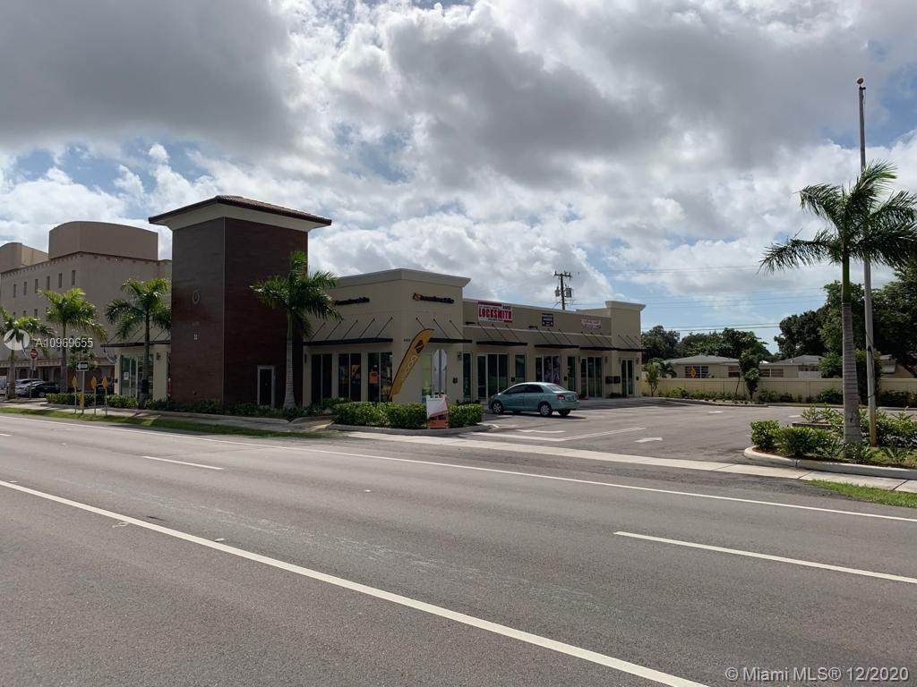 4400 Hallandale Beach Blvd - Photo 1