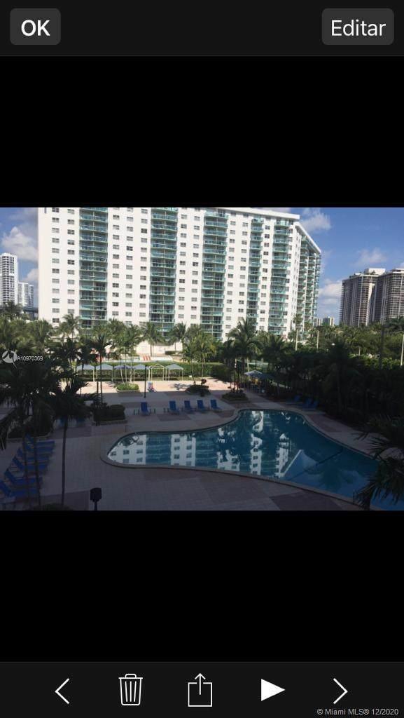 19370 Collins Ave #304, Sunny Isles Beach, FL 33160 (MLS #A10970369) :: Albert Garcia Team