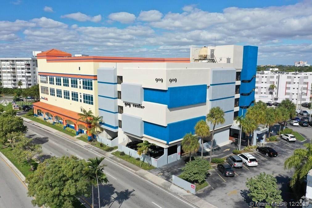 909 North Miami Beach Blvd - Photo 1