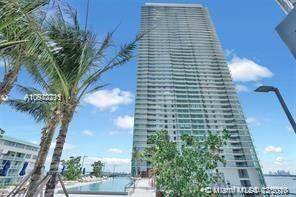 3131 NE 7th Ave #406, Miami, FL 33137 (MLS #A10972711) :: Albert Garcia Team