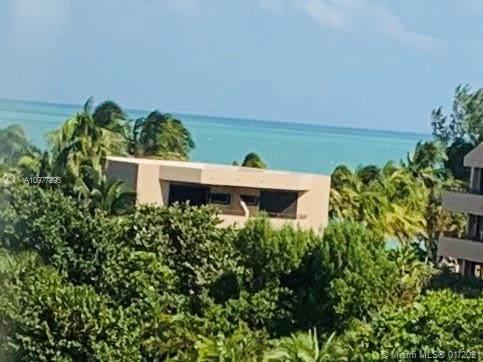 170 Ocean Lane #710, Key Biscayne, FL 33149 (MLS #A10977895) :: Green Realty Properties