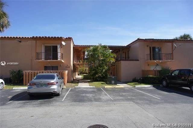 7220 E Fairway Dr G17, Miami Lakes, FL 33014 (MLS #A10978051) :: Albert Garcia Team